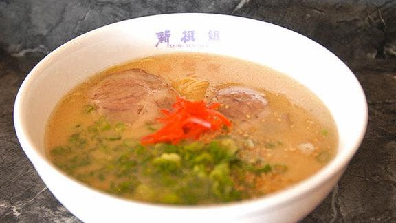 Hakata ramen at Shin-Sen-Gumi Yakitori