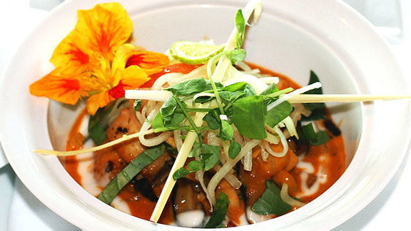 Thai seafood & pineapple-coconut red curry at Wolfgang Puck's Spago
