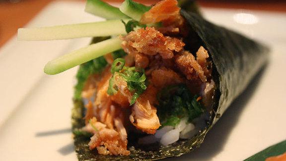 Salmon skin hand roll at Makawao Town