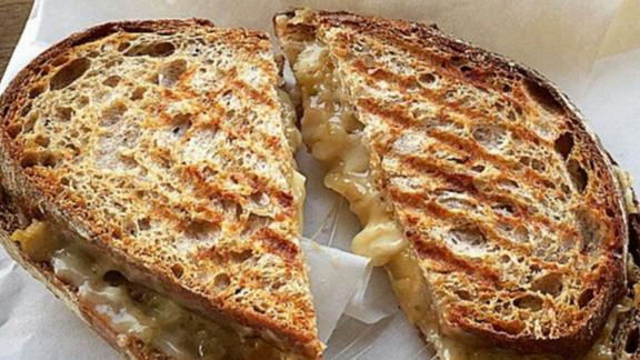 grilled cheese sandwich at Milkfarm