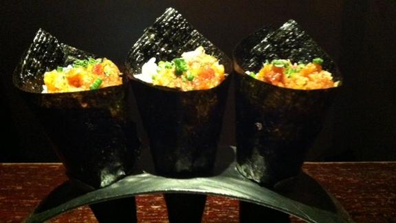 Spicy crispy toro gunkan hand roll at Oishii Boston