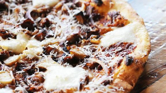 Panna pizza at Oenotri