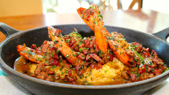 Jumbo Louisiana shrimp and grits at Lüke
