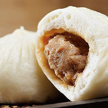 Steamed pork buns at Din Tai Fung Dumpling House #1