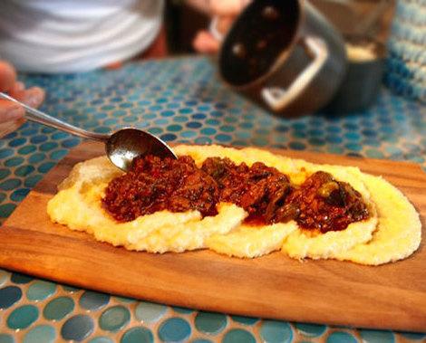 Polenta board cucina enoteca chefsfeed for Cocina urbana restaurant