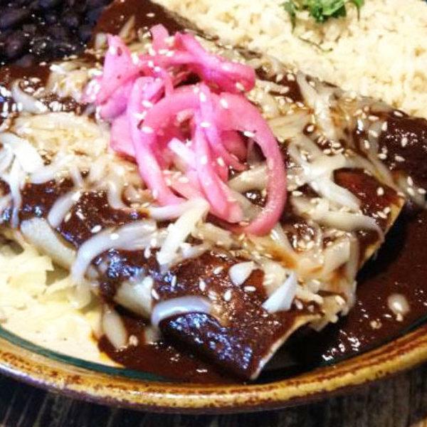 Medium mole cantina mayahuel