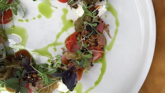 Chef Aaron London reviews Roasted beets, burrata, kraut mayo, borscht-spiced seeds, lavender apricot at Al's Place