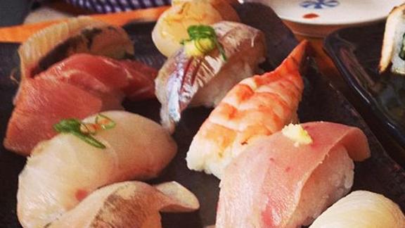 Chef Kim Alter reviews Nigiri at