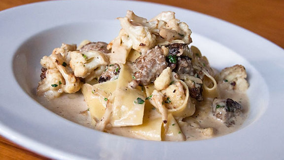 Chef Heidi Gibson reviews Pappardelle at
