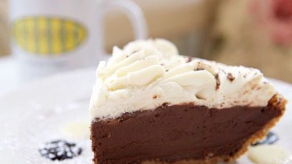Chef Lisa Schroeder reviews Chocolate cream pie at Mother's Bistro & Bar