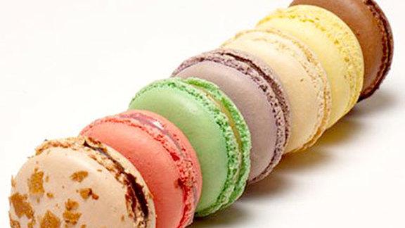 Chef Jason Franey reviews Parisian macaroons at