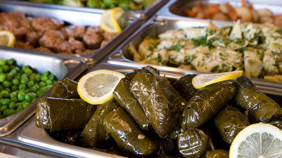 Chef Justin Large reviews Salad bar at