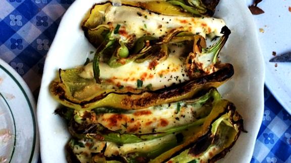 Chef Daniel Holzman reviews Stuffed peppers at