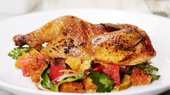 Chef Akasha Richmond reviews Wood roasted half chicken at Tar & Roses