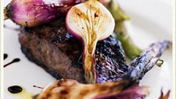 Chef John Sundstrom reviews Blackmore wagyu flatiron at Cafe Juanita