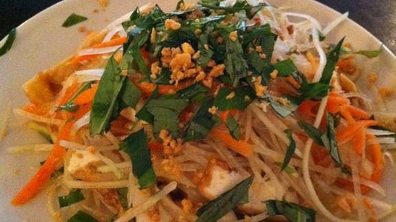 Papaya salad w/ jerky beef at Nam Phuong