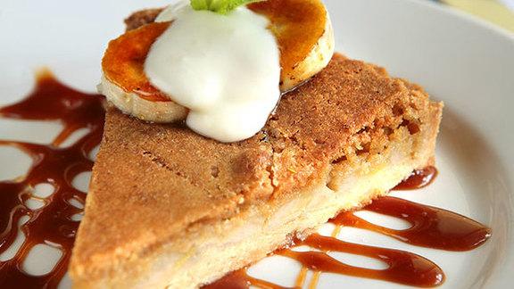 Chef Adolfo Garcia reviews Banana brown butter tart w/ fleur de sel caramel at Herbsaint