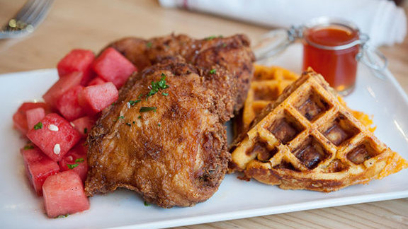 Chef Adrianne Calvo reviews Llewellyn's fine fried chicken at