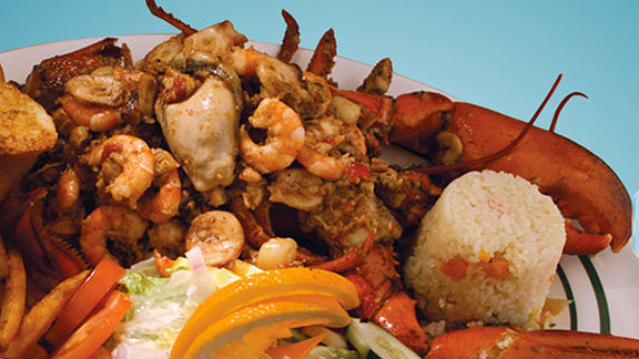 Spicy seafood at Restaurant Veneno De Nayarit