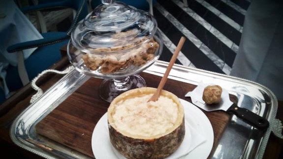 Black truffle risotto at Cecconi's Miami Beach