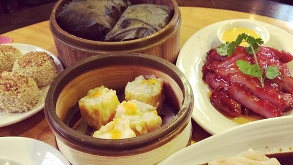 Dim sum at Koi Palace 鯉魚門海鮮茶寮