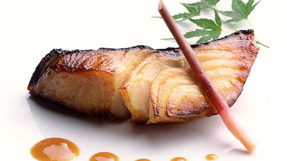 Chef Tracy Miller reviews Broiled Alaskan black cod w/ miso at