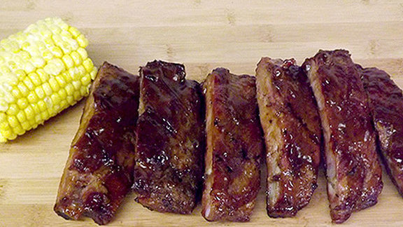 Chef Richard Chamberlain reviews Ribs at