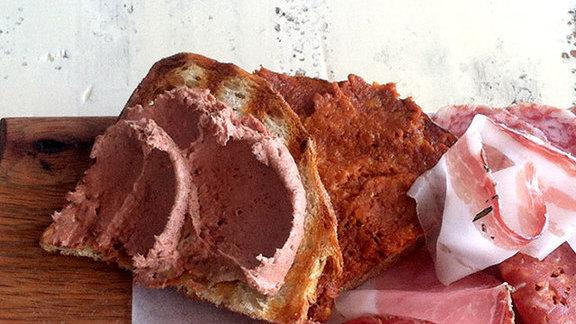 Chef Katherine Clapner reviews Chicken liver pâté at