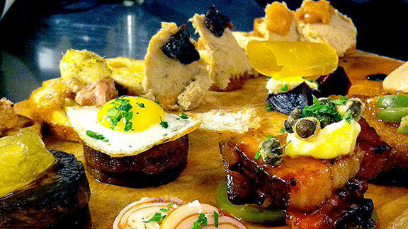 Chef Aaron Barnett reviews Charcuterie board at Ox