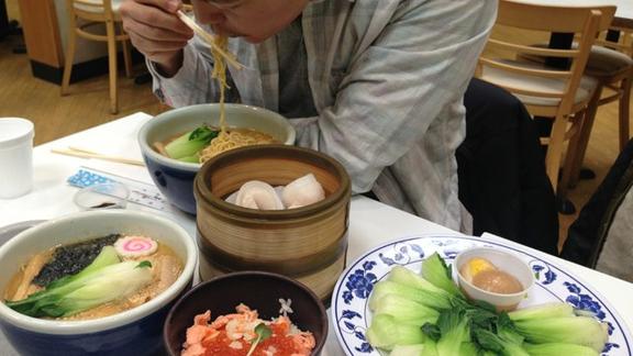 Ramen and Ikura bowl at Mitsuwa Marketplace
