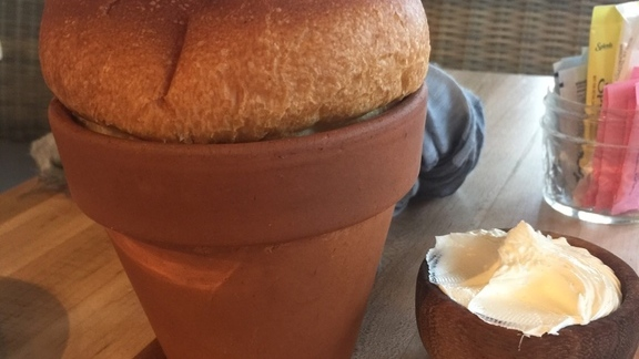 Chef Charlie Ayers reviews Small brioche & butter at