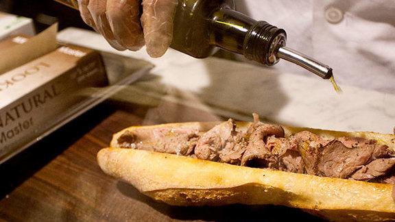 Chef Mathieu Palombino reviews Porcini rubbed prime rib at