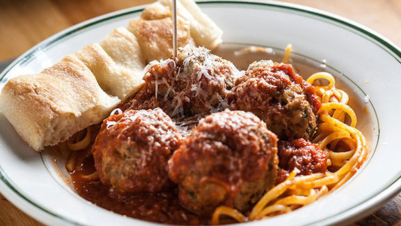 Chef Tim Archuleta reviews Classic beef meatballs at