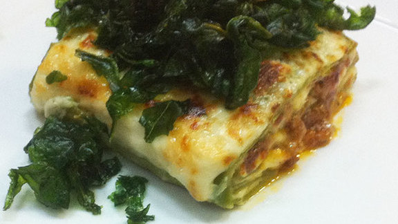 "Chef Mark Gold reviews Lasagna verde ""Omaggio Nonna Elvira"" at"