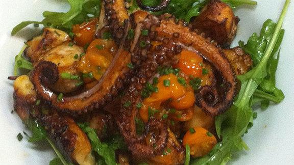 Chef Josiah Citrin reviews Grilled octopus salad at