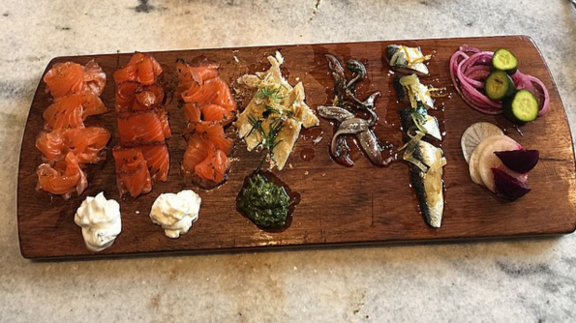 Chef Ethan Speizer reviews Gravlax  at