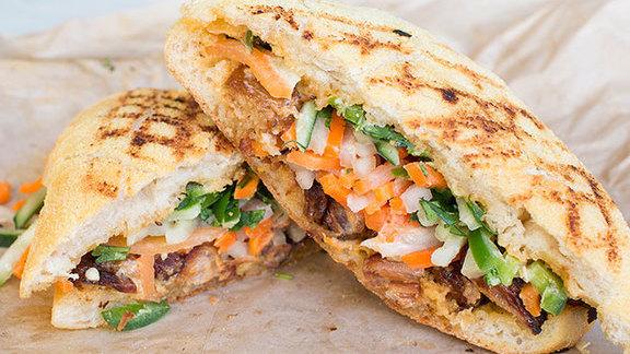 Kurobuta pork belly bánh mì at Mendocino Farms