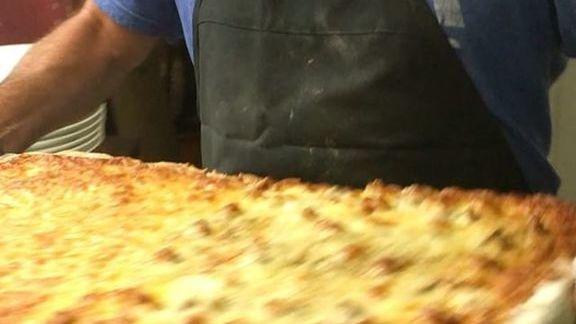 Chef Frank Bonanno reviews Sicilian pizza at Luca