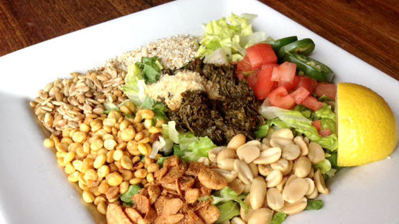Chef Christopher Kostow reviews Tea leaf salad at