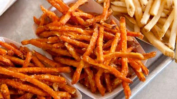 Sweet potato fries at Gott's Roadside