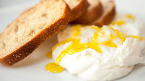 Burrata w/ olive oil at A16