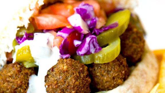 Falafel plate w/ hummus at Rami's