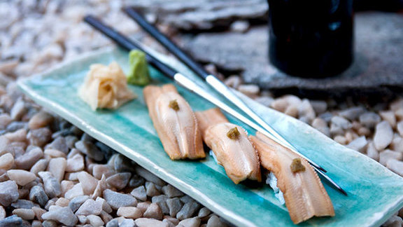 Chef Paul Liebrandt reviews Sea eel w/ yuzu at Blue Ribbon Sushi