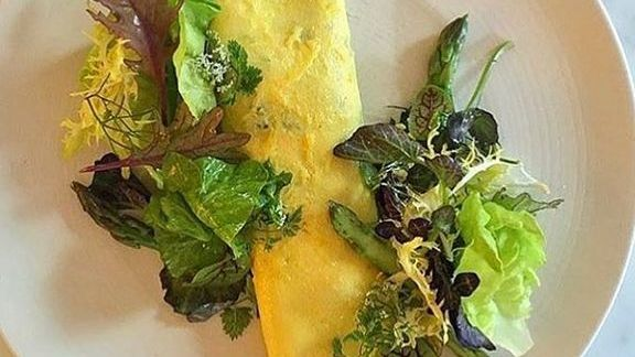 Omelette with spring salad at Little Park