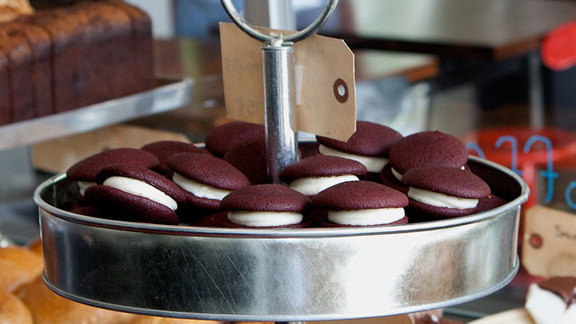Chef Will Foden reviews Mini red velvet whoopie pies at Area Four