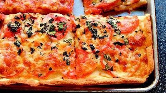 Tomato & basil Sicilian pizza at Pinocchio's Pizza & Subs