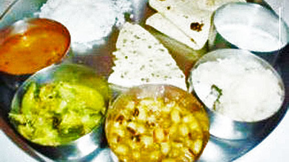 Gujarati thali at Vatica