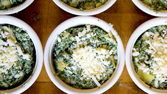 Chef Steven Satterfield reviews Chicago-style spinach dip at