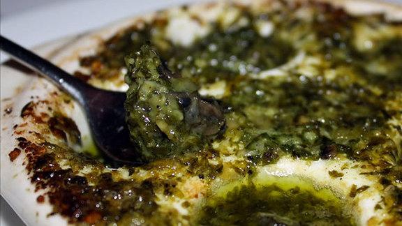 Chef Francis Hogan reviews Traditional escargots de Bourgogne at