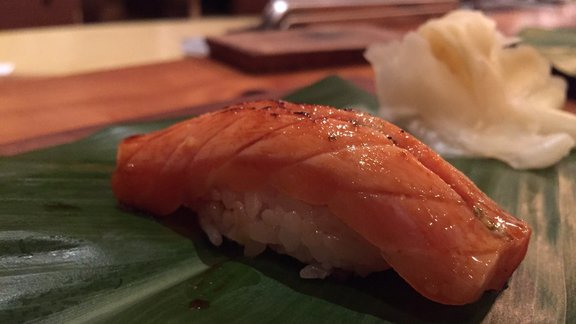 Chef Aaron London reviews Sushi at